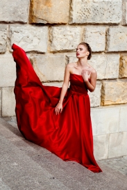 Red dress editorial in Szczecin by Marta Machej with stunning polish model